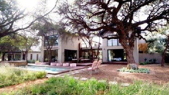 Mongoose Guesthouse on the Kalahari Golf Estate